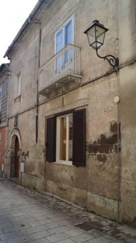 Palazzo / Stabile in vendita a Formicola, 4 locali, prezzo € 119.000 | CambioCasa.it