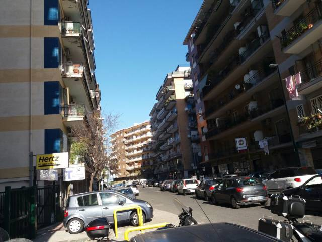 Attività / Licenza in vendita a Napoli, 2 locali, zona Zona: 5 . Vomero, Arenella, prezzo € 195.000 | CambioCasa.it