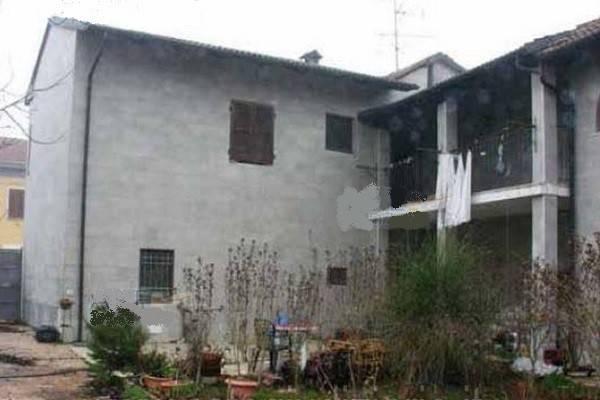 Villa in vendita a Oldenico, 6 locali, prezzo € 65.000 | CambioCasa.it
