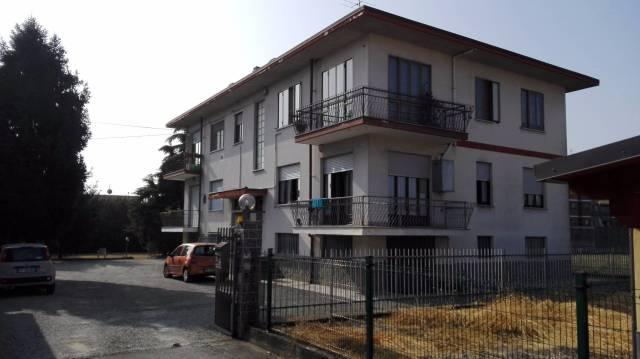 Appartamento in vendita a Caselle Torinese, 4 locali, prezzo € 135.000 | CambioCasa.it