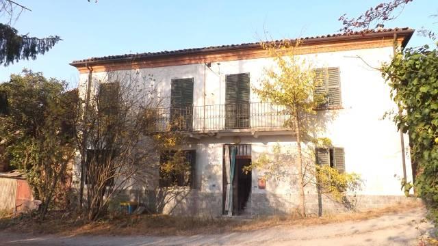 Rustico / Casale in vendita a Acqui Terme, 5 locali, prezzo € 33.000 | CambioCasa.it
