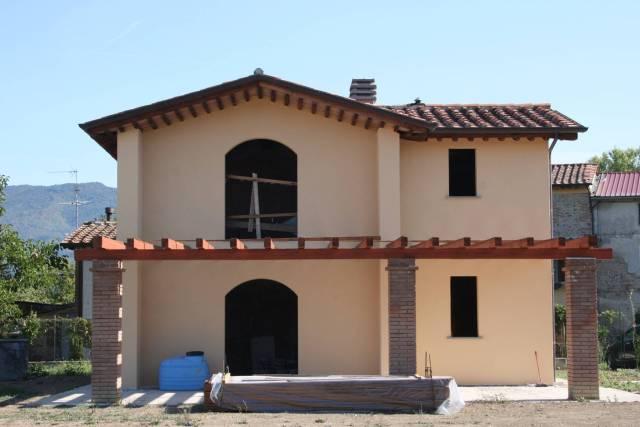 Villa in vendita a Sansepolcro, 9999 locali, prezzo € 295.000 | CambioCasa.it