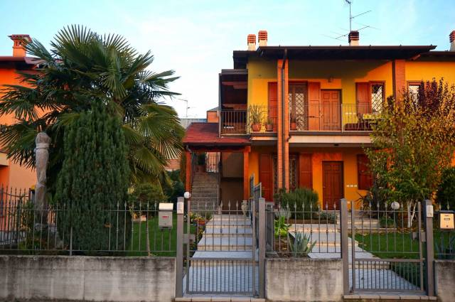Appartamento in vendita a Leno, 3 locali, prezzo € 150.000   CambioCasa.it