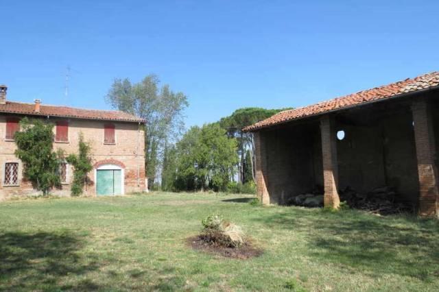 Rustico / Casale in vendita a Castel Bolognese, 6 locali, prezzo € 240.000   CambioCasa.it