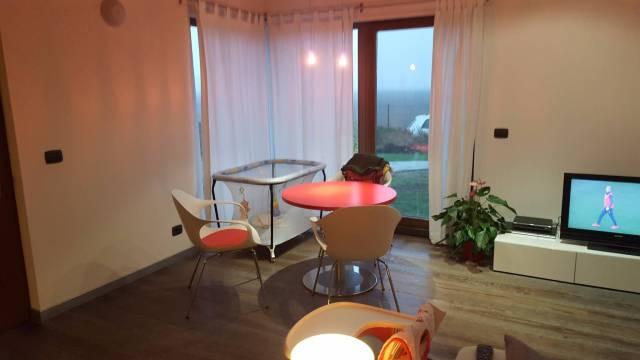 Villa in affitto a Zinasco, 2 locali, prezzo € 650 | CambioCasa.it