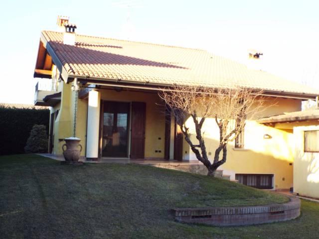 Villa in Vendita a Borgosatollo