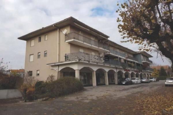 Appartamento in vendita a Briga Novarese, 5 locali, prezzo € 68.000   CambioCasa.it
