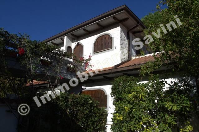 Villa in vendita a San Felice Circeo, 3 locali, prezzo € 280.000 | CambioCasa.it