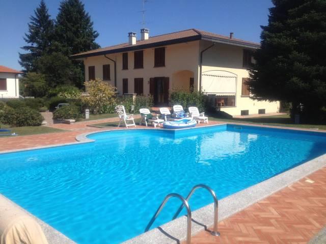 Villa in Vendita a Vergiate