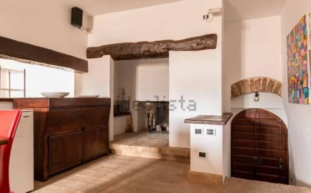 Appartamento in vendita a Spello, 4 locali, prezzo € 289.000 | CambioCasa.it