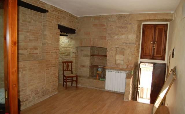 Appartamento in vendita a Spello, 1 locali, prezzo € 130.000 | CambioCasa.it