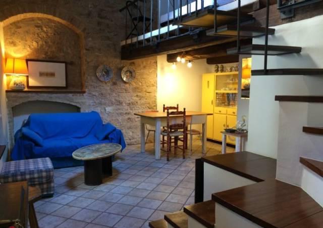 Appartamento in affitto a Spello, 1 locali, prezzo € 320 | CambioCasa.it