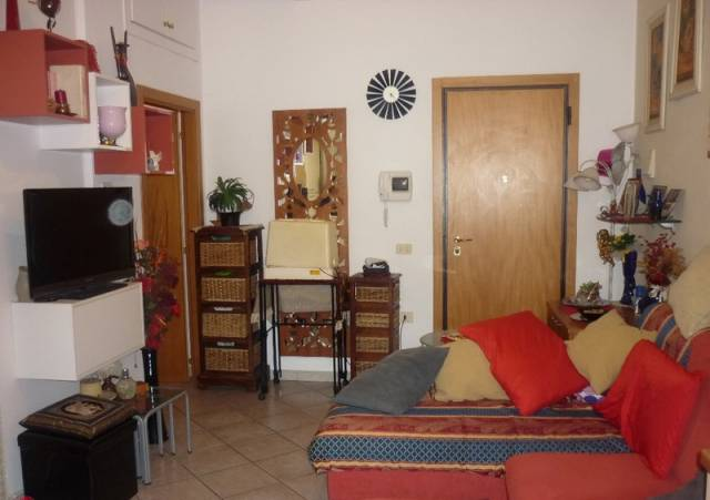 Appartamento in vendita a Forlimpopoli, 2 locali, prezzo € 75.000   CambioCasa.it