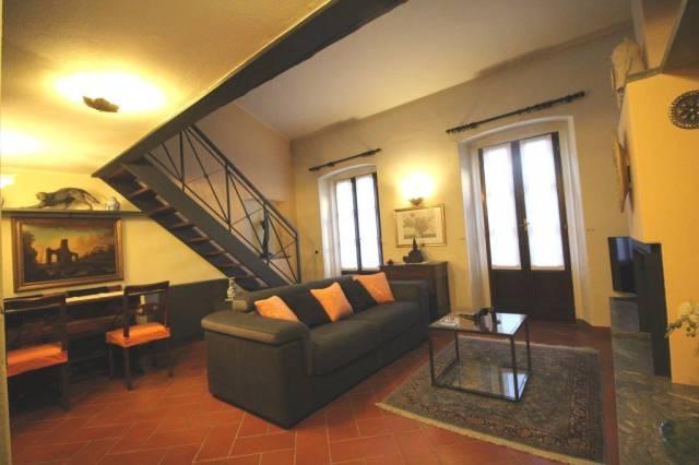Appartamento in Affitto a Milano 01 Centro storico (Cerchia dei Navigli): 2 locali, 75 mq