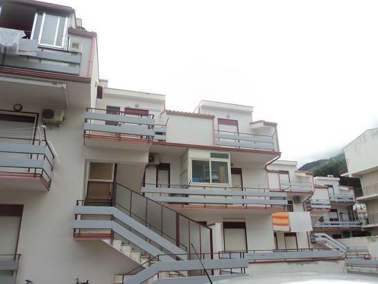 Appartamento in vendita a Gioiosa Marea, 3 locali, prezzo € 85.000 | CambioCasa.it