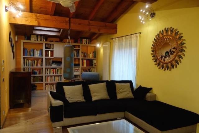 Rustico / Casale in vendita a Gussago, 6 locali, prezzo € 395.000 | CambioCasa.it