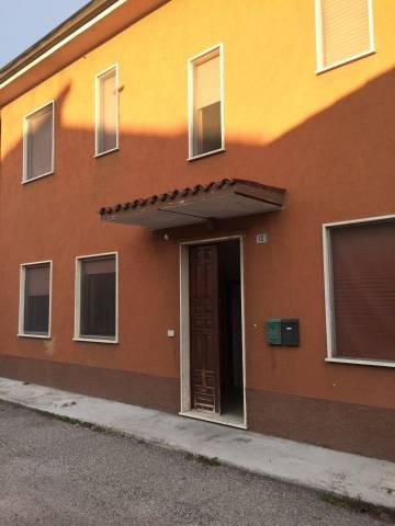 Soluzione Indipendente in vendita a Goito, 2 locali, prezzo € 85.000   CambioCasa.it
