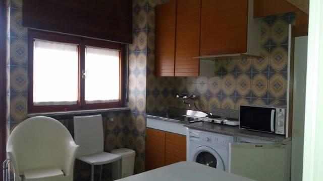 Appartamento in affitto a Alba, 1 locali, prezzo € 250 | CambioCasa.it
