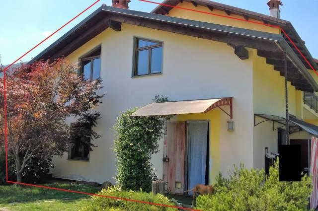 Soluzione Indipendente in vendita a Lanzo Torinese, 6 locali, prezzo € 110.000   CambioCasa.it