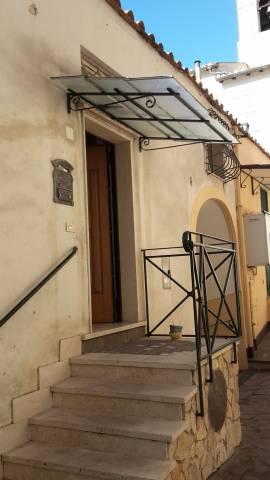 Appartamento in affitto a Albano Laziale, 3 locali, prezzo € 500 | CambioCasa.it