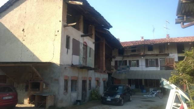 Rustico / Casale in Vendita a Pavone Canavese