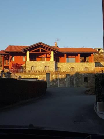 Villa in vendita a Piverone, 6 locali, Trattative riservate | CambioCasa.it