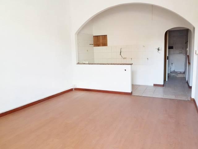 Appartamento in vendita a Vado Ligure, 4 locali, prezzo € 135.000   CambioCasa.it