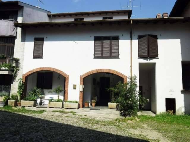 Appartamento in vendita a Brunello, 6 locali, prezzo € 135.000 | CambioCasa.it