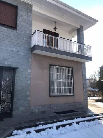 Appartamento in affitto a Bricherasio, 2 locali, prezzo € 400 | CambioCasa.it