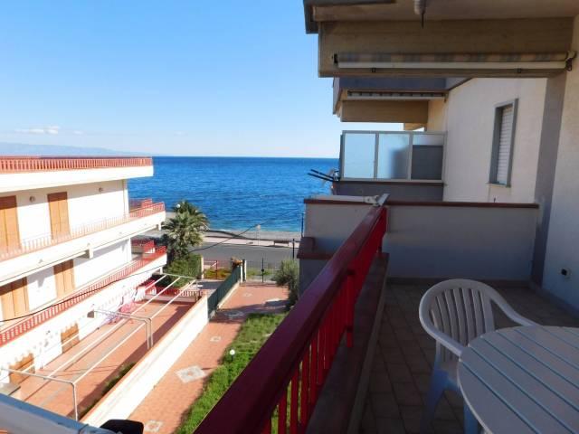Appartamento in vendita a Sant'Alessio Siculo, 3 locali, prezzo € 110.000 | CambioCasa.it