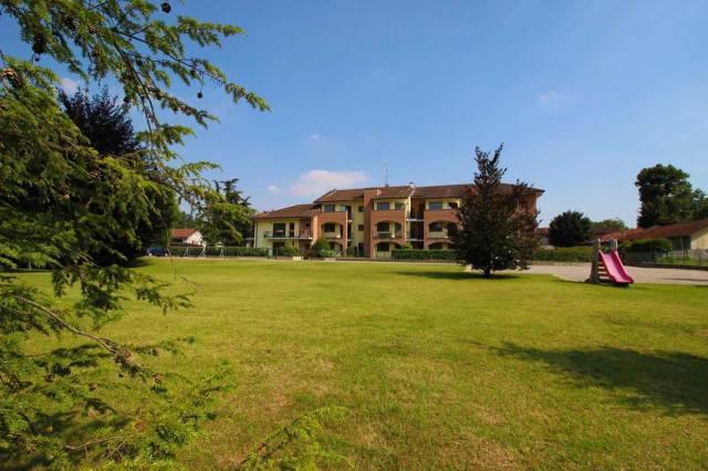 Appartamento in vendita a Carimate, 3 locali, prezzo € 206.500 | CambioCasa.it
