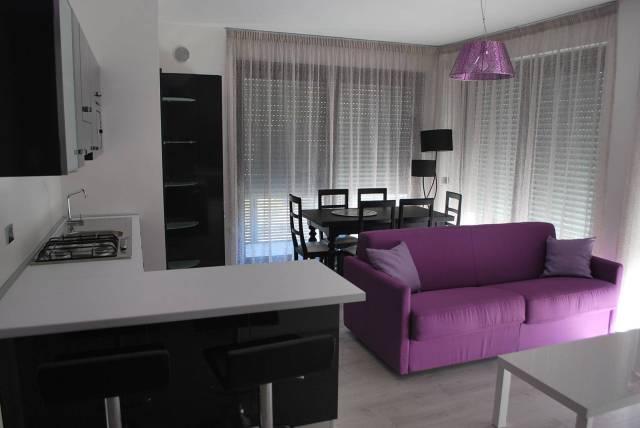 Appartamento in affitto a Alba, 2 locali, prezzo € 600 | CambioCasa.it