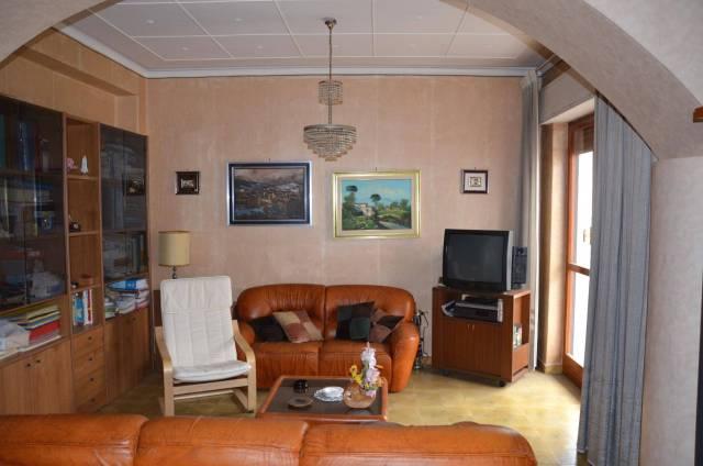 Appartamento in vendita a Gravina di Catania, 4 locali, prezzo € 158.500 | CambioCasa.it