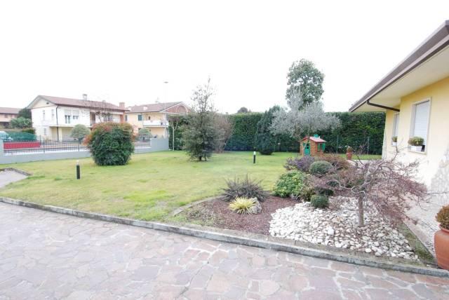Villa in Vendita a Camisano Vicentino