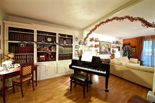 Villa in vendita a Correzzana, 4 locali, prezzo € 450.000 | CambioCasa.it