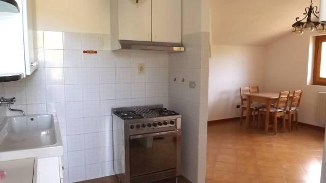 Appartamento in affitto a Prasco, 4 locali, prezzo € 250 | CambioCasa.it