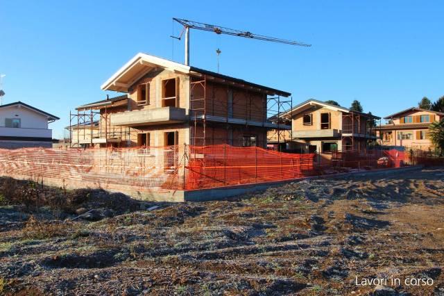 Villa in vendita a Cermenate, 4 locali, prezzo € 289.000   CambioCasa.it