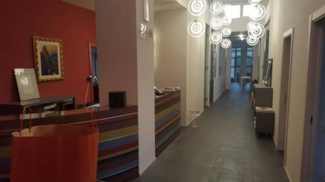 Ufficio / Studio in vendita a Macerata, 4 locali, Trattative riservate | CambioCasa.it