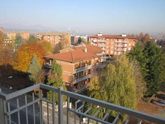 Appartamento in affitto a Orbassano, 2 locali, prezzo € 350 | CambioCasa.it