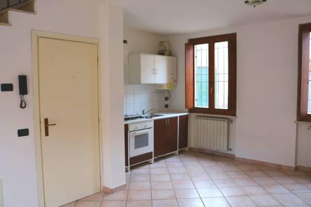 Appartamento in vendita a San Gervasio Bresciano, 3 locali, prezzo € 78.000   CambioCasa.it