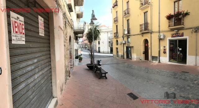 Negozio / Locale in vendita a Agropoli, 1 locali, prezzo € 138.000 | CambioCasa.it