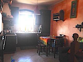Soluzione Indipendente in affitto a Rosignano Marittimo, 3 locali, prezzo € 500 | CambioCasa.it