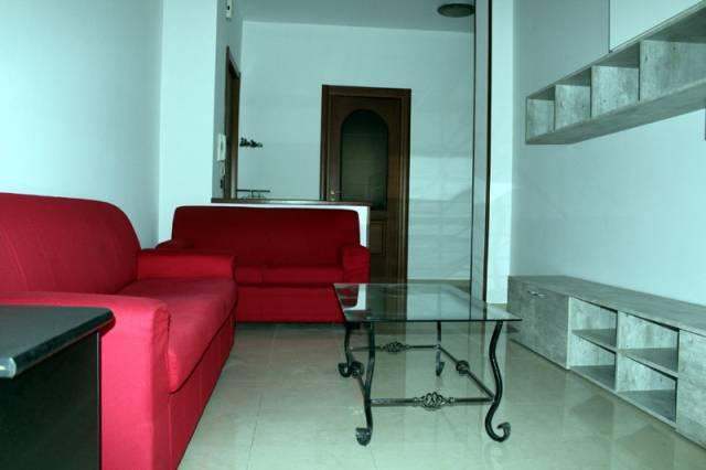 Appartamento in affitto a Alba, 3 locali, prezzo € 480 | CambioCasa.it