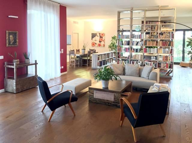 Appartamento in Vendita a Milano via angelo della pergola