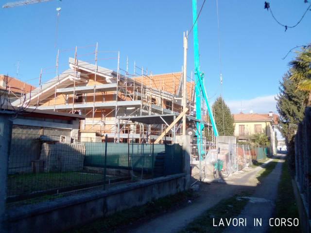 Villa in vendita a Ceriano Laghetto, 4 locali, prezzo € 310.000 | CambioCasa.it