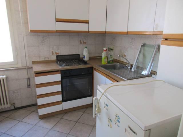 Appartamento in vendita a Lugo, 5 locali, prezzo € 72.000   CambioCasa.it