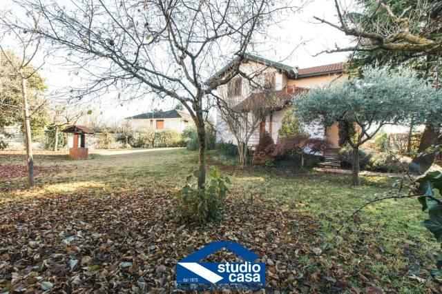 Villa in vendita a San Vittore Olona, 4 locali, prezzo € 349.000 | CambioCasa.it