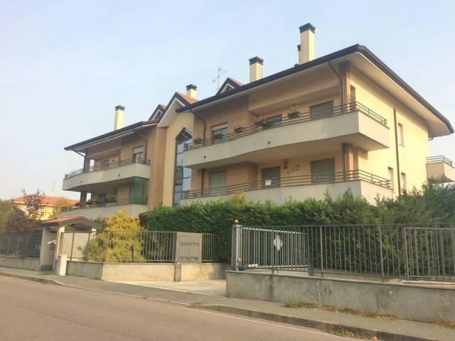Appartamento in affitto a Cerro Maggiore, 3 locali, prezzo € 750 | CambioCasa.it