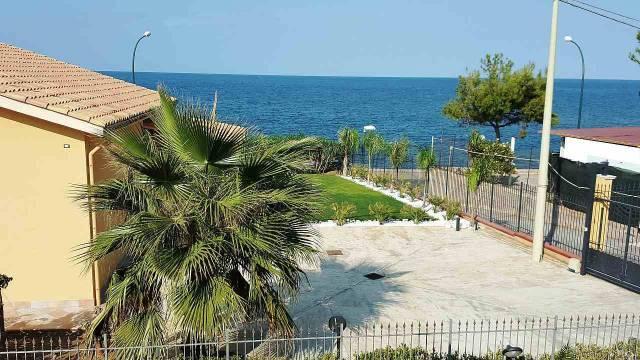 Villa in vendita a Trabia, 6 locali, prezzo € 330.000 | CambioCasa.it