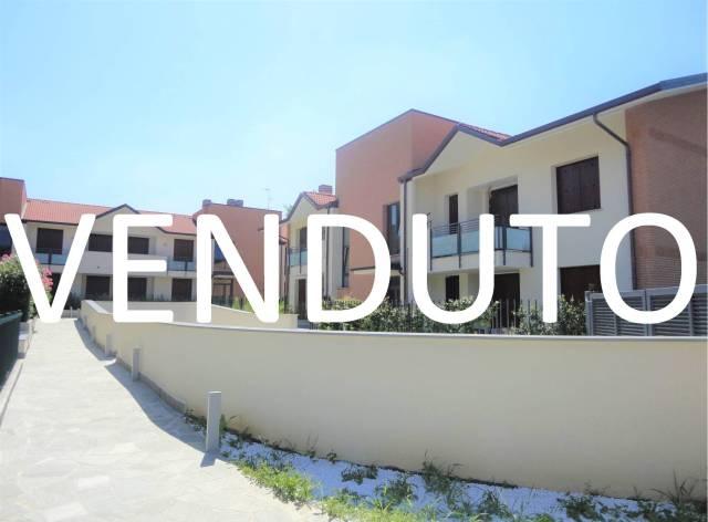 Appartamento in vendita a Burago di Molgora, 3 locali, prezzo € 219.000 | CambioCasa.it